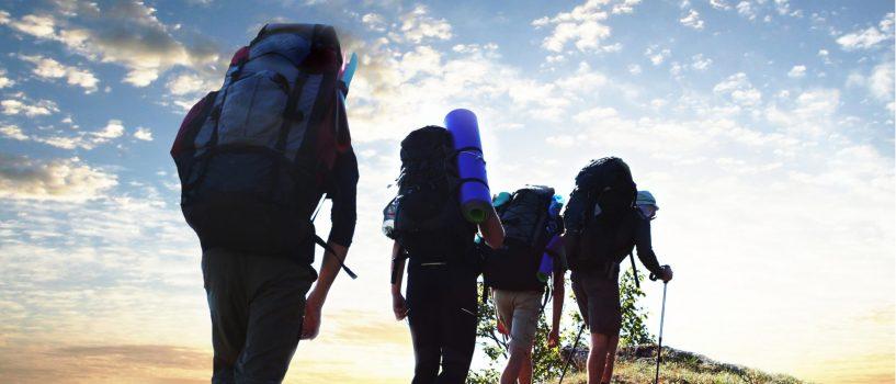 Co musisz mieć wplecaku podczas wycieczki wgóry?
