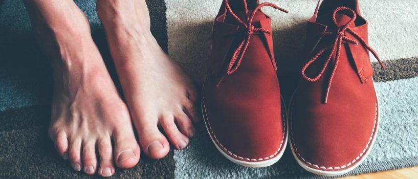 Zadbaj o swoje stopy jesienią i zimą